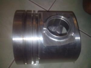 piston - spare part excavator hyundai